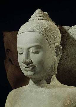 Buddha in Meditation on the Naga King, Mucilinda, detail of Buddha's head, from Preah Khan, Bayon style, 12th-13th century von K�nstler Cambodian School als gerahmtes Bild